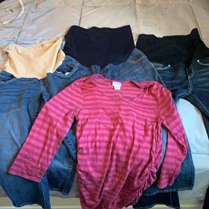 Maternity Jeans. Bundle of 3 pair and one top M